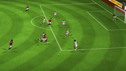Real Football 2012 - 4